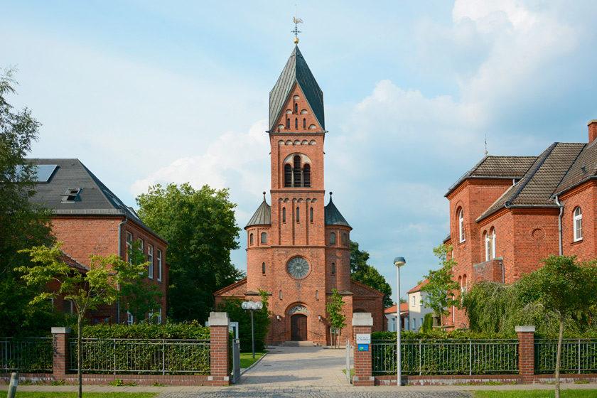 St. Godehard, Kirchplatz